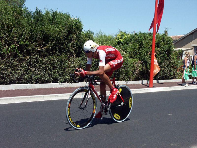 http://iaeperpignan2001.free.fr/Divers/Cyclisme/TDF2003/images/CLM%20051.jpg