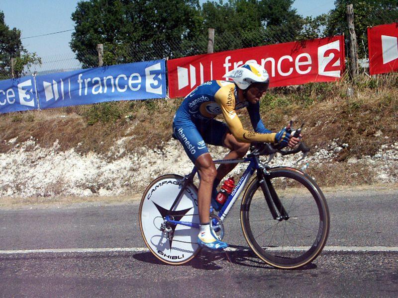 http://iaeperpignan2001.free.fr/Divers/Cyclisme/TDF2003/images/CLM%20105.jpg