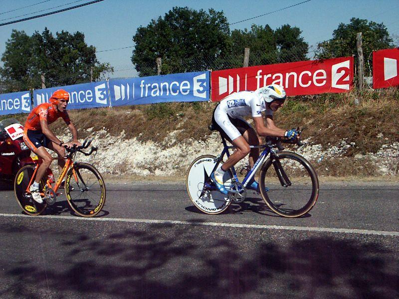 http://iaeperpignan2001.free.fr/Divers/Cyclisme/TDF2003/images/CLM%20132.jpg