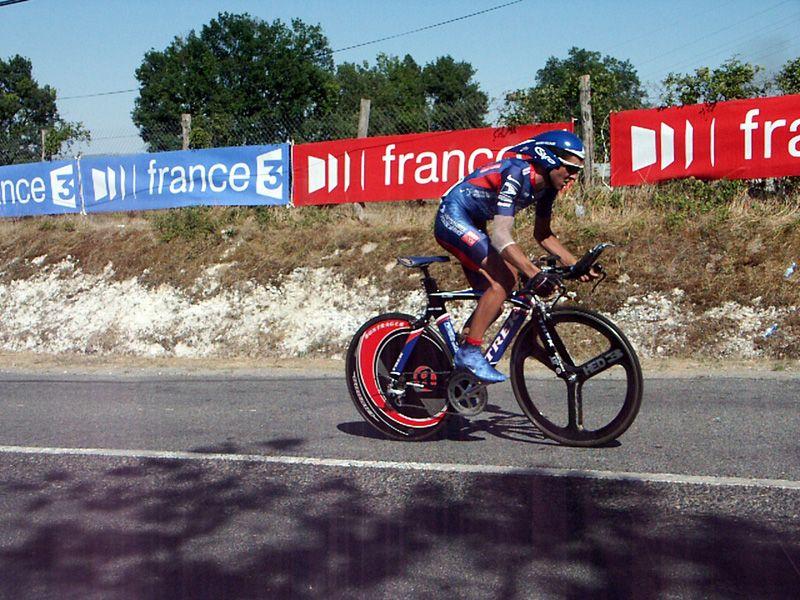 http://iaeperpignan2001.free.fr/Divers/Cyclisme/TDF2003/images/CLM%20140.jpg